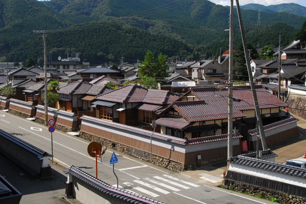 朝来市旧生野鉱山職員宿舎(甲社宅)、志村喬記念館