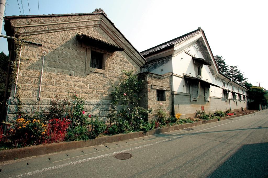 千厩酒のくら交流施設(佐藤家住宅・横屋酒造)