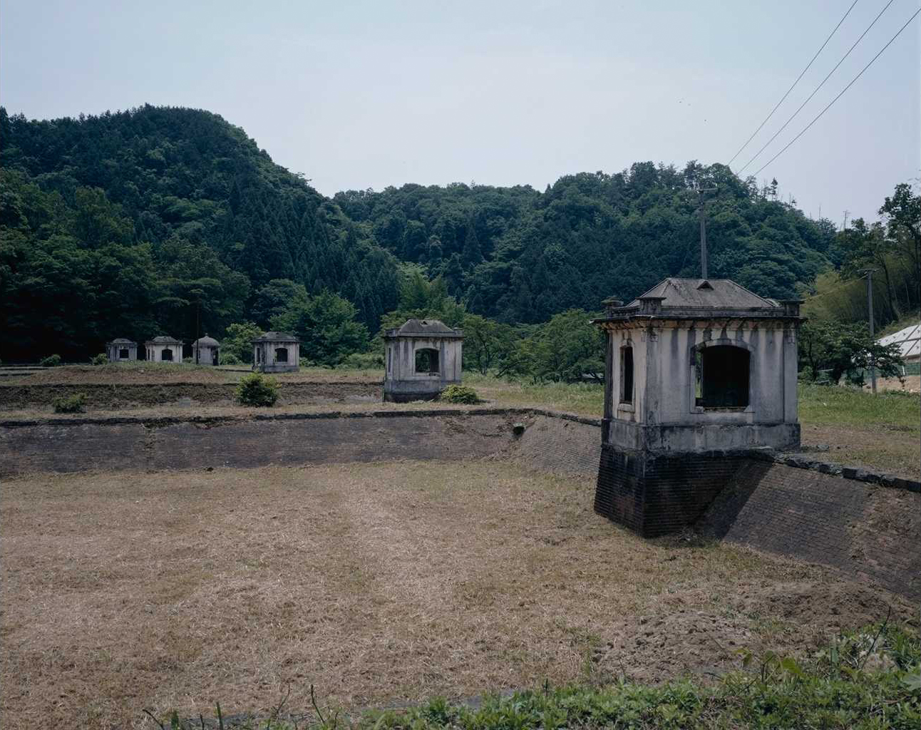 旧美歎水源地水道施設(8所1基1棟)