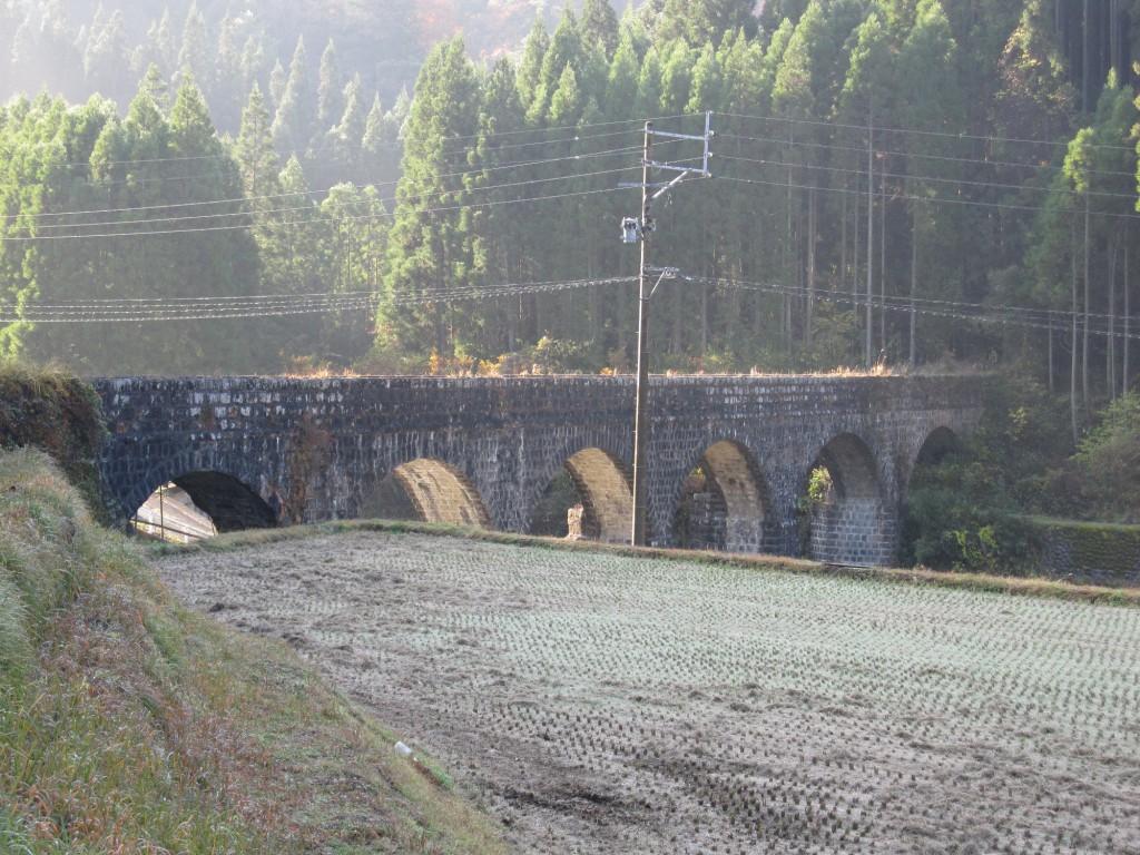 明正井路一号幹線一号拱石橋