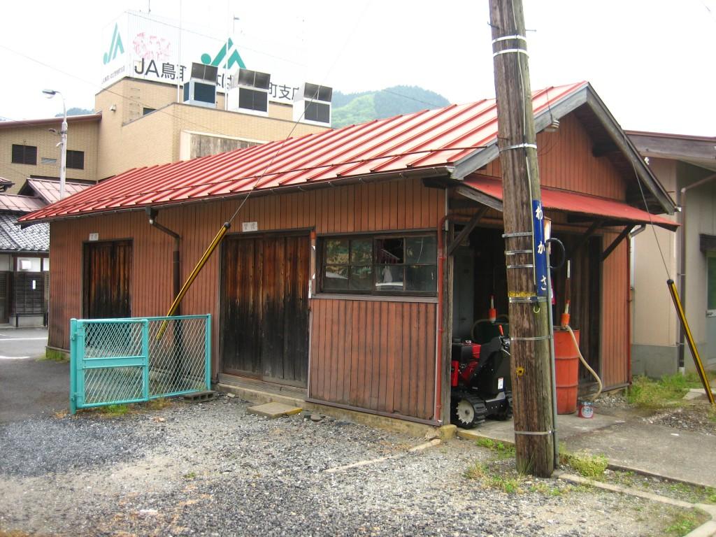 若桜鉄道若桜駅物置及び灯室