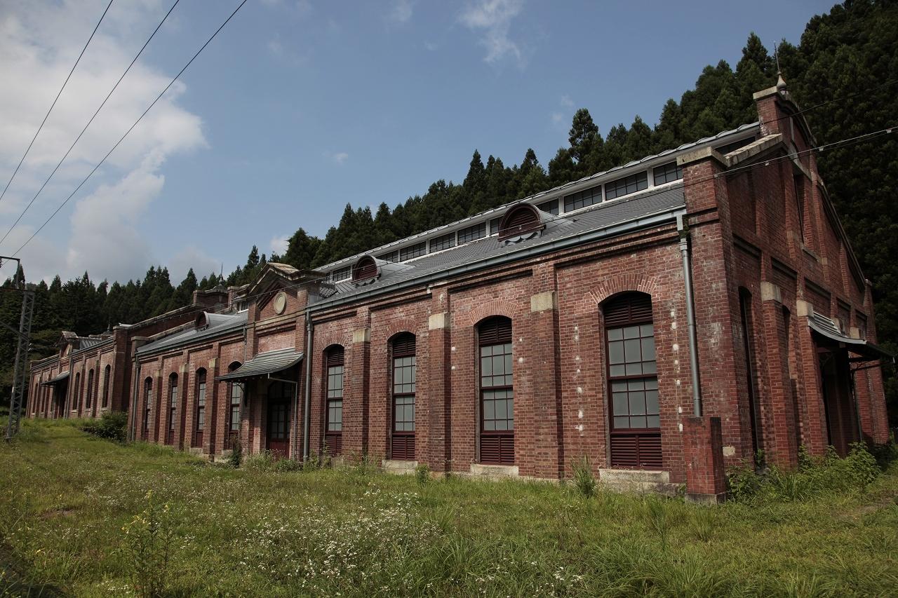 旧碓氷峠鉄道施設丸山変電所機械室および蓄電池室