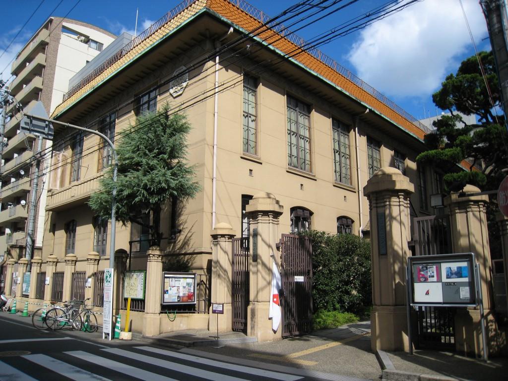 京都芸術センター(旧京都市明倫小学校)