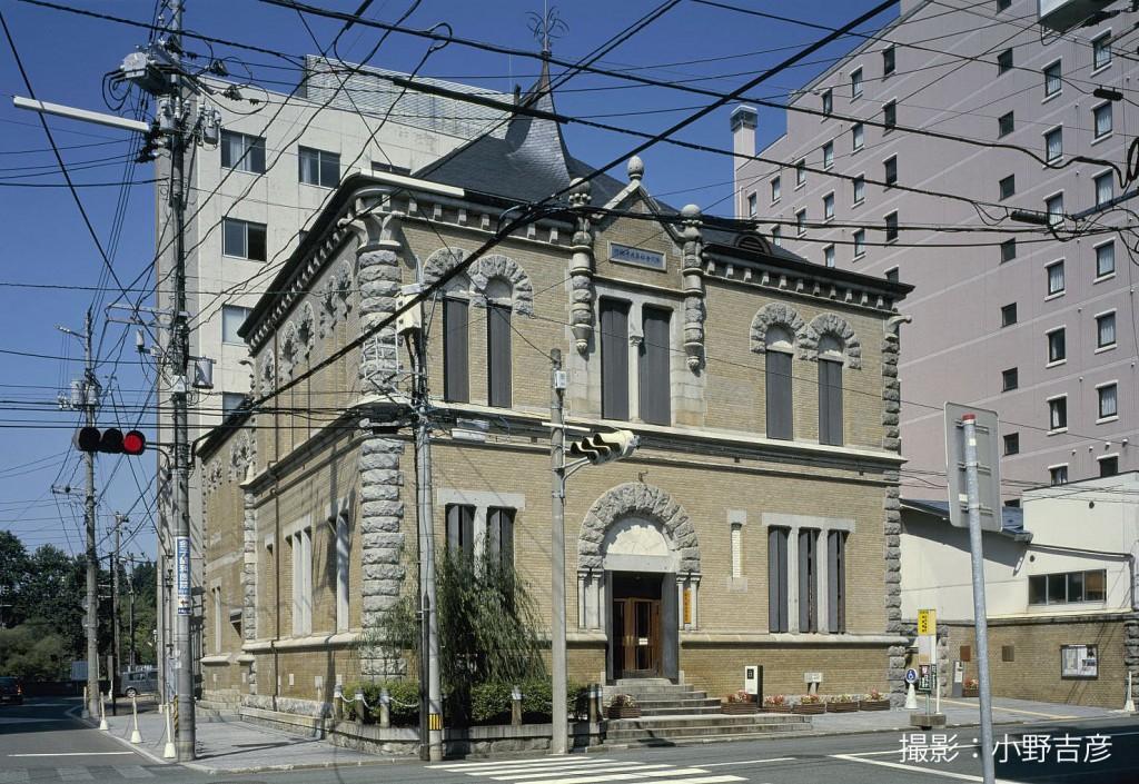 旧第九十銀行本店本館(現もりおか啄木・賢治青春館)