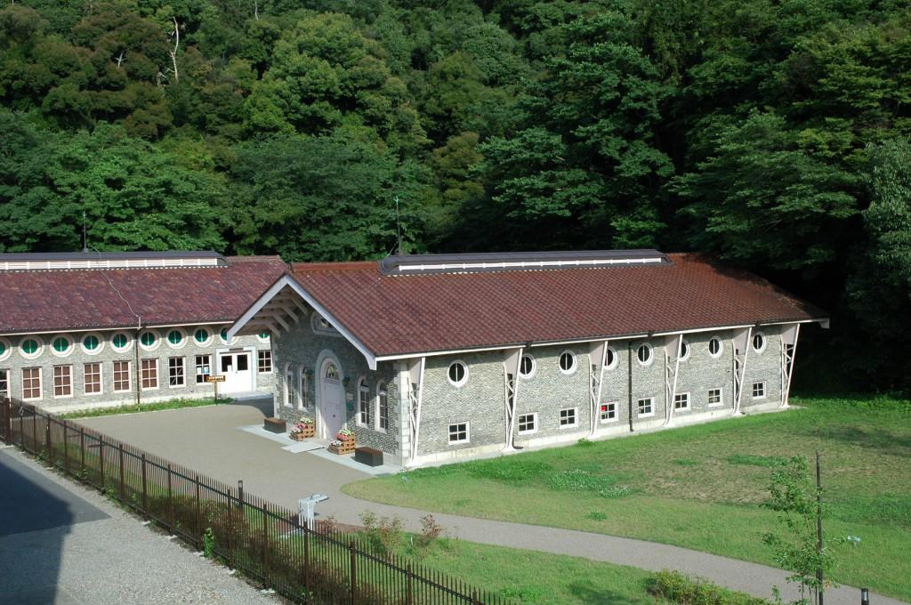 水の資料館(鏡岩水源地旧エンジン室)・水の体験学習館(鏡岩水源地旧ポンプ室)