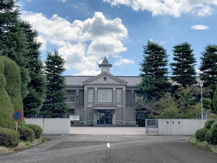 滝学園本館・講堂・図書館