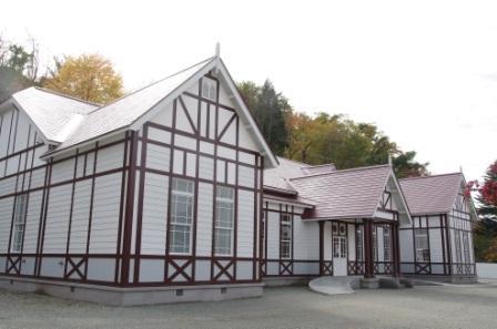 鹿角市歴史民俗資料館(旧鹿角市公会堂)